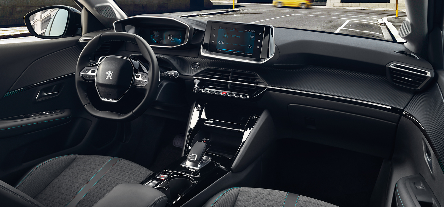 Peugeot 208 dashboard interieur