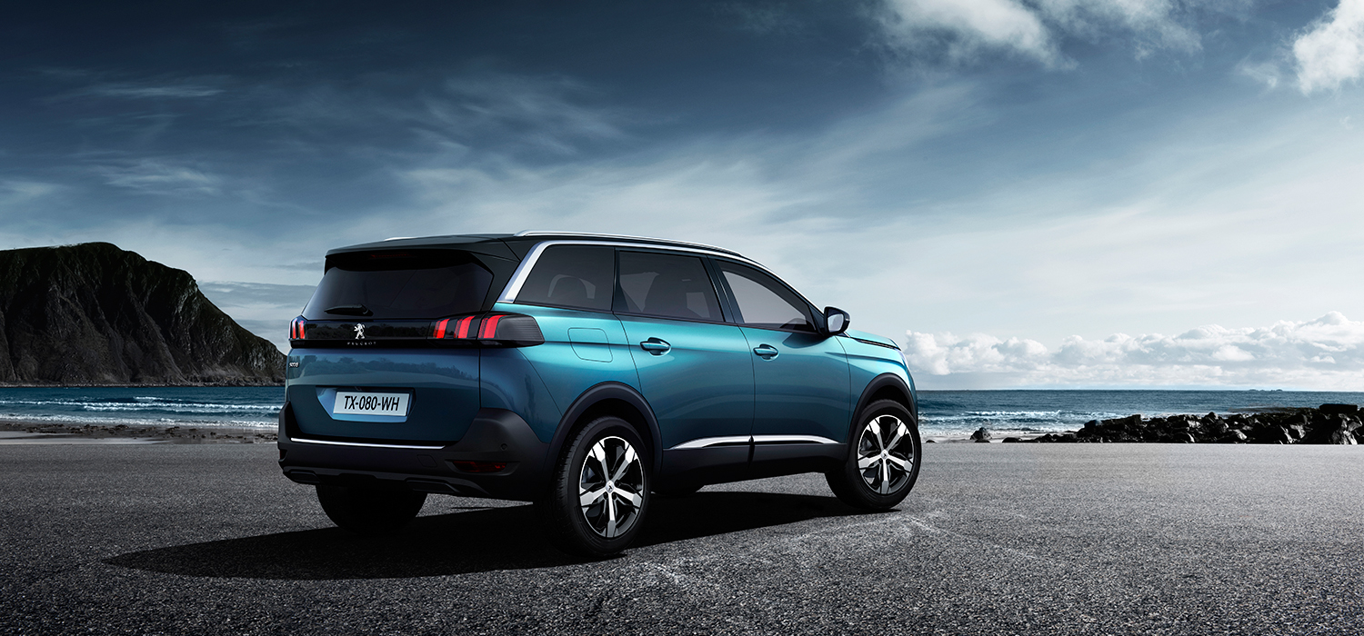 Peugeot 5008 7 persoons SUV achterkant