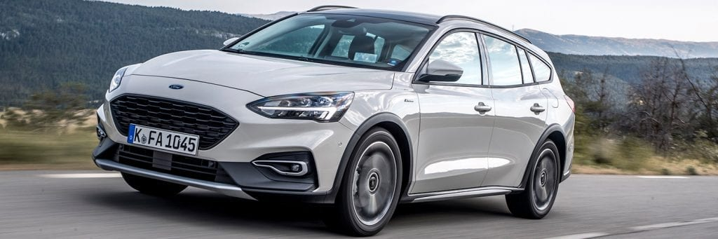 Ford Focus Active Wagon linksvoor