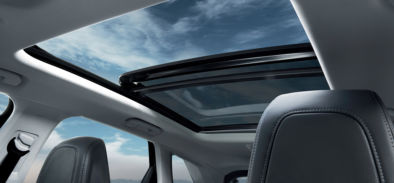 Peugeot 3008 SUV panoramadak