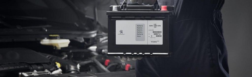 Peugeot accu check bij Wassink Autogroep